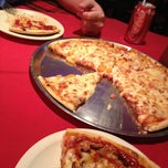 Photo taken at Pizza Peppino by Daniel N. on 2/19/2013