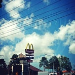 Photo taken at McDonald's by Chelly ✌. on 8/21/2013