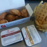 Photo taken at Chick-fil-A by Scott C. on 11/27/2012