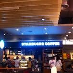 Photo taken at Starbucks (สตาร์บัคส์) by Sriwisa C. on 1/24/2013