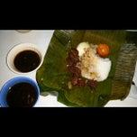Photo taken at Metzuyan Binalot Pacita Ave by Harry A. on 11/21/2013