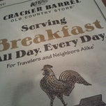 Photo taken at Cracker Barrel Old Country Store by Darve S. on 12/22/2011