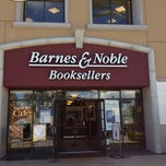 Photo taken at Barnes & Noble by Yaser R. on 10/10/2012