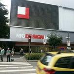 Photo taken at Rio Design Leblon by Jéssica M. on 8/17/2013