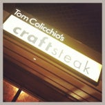 Photo taken at Tom Colicchio's Craftsteak by Brent O. on 4/12/2013