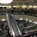 Photo taken at Barnes & Noble by Mary H. on 2/14/2013