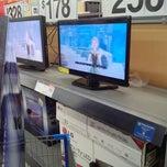 Photo taken at Walmart Supercenter by Shannon B. on 5/10/2014