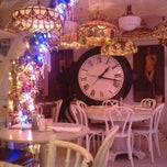 Photo taken at SERENDIPITY 3 by Justin H. on 11/12/2012