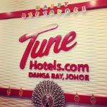 Photo taken at Tune Hotels by Peter Pan on 11/24/2012