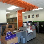 Photo taken at FedEx Office Print & Ship Center by Mr F. on 12/11/2014