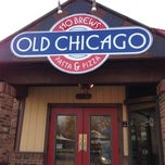 Photo taken at Old Chicago by Travisimo! on 11/4/2012