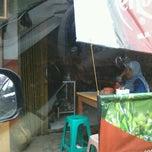 Photo taken at Mie Ayam Pak Mien by Mas P. on 11/5/2013