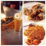 Photo taken at Restoran Taj Point by ••Lyna Bnks💋 on 4/10/2013