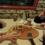 Photo taken at Pizza Hut by Sean K. on 9/26/2013
