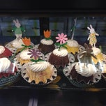 Photo taken at Nothing Bundt Cakes by Jia D. on 4/20/2014