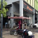 Photo taken at Restoran JS Maju by Safuan dan S. on 7/4/2013