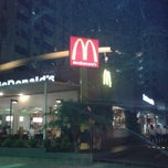 Photo taken at McDonald's by Philipe S. on 10/25/2012