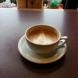 Photo taken at Northern Light Espresso Bar & Cafe by Jordan on 12/21/2012