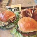 Photo taken at Burger Tap & Shake (BTS) by Rose on 8/8/2013