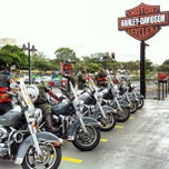 Photo taken at Brasília Harley-Davidson by Edgar Pereira dos S. on 2/5/2013