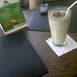 Photo taken at Gloria Jean's Coffee by Lesti Primandari P. on 4/28/2013