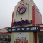 Photo taken at Silver Diner by Jack R. on 1/13/2013