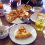 Photo taken at Pizza Hut by EJ on 2/21/2015