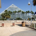 Photo taken at Moody Gardens Aquarium Pyramid by Kerem Y. on 10/3/2012