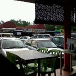 Photo taken at Restoran depan B5 by Fazzull Ali R. on 10/11/2011