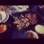 Photo taken at Goong Korean Bbq 궁 by Rajiv D. on 11/27/2011