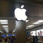 Photo taken at Apple Store, Campania by Francesco Z. on 9/6/2011
