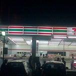 Photo taken at 7-Eleven by Niro U. on 12/31/2014