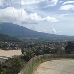 Photo taken at Jambuluwuk Batu Resort by Albert T. on 1/10/2013