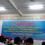 Photo taken at Universitas Batam (UNIBA) by Evran S. on 10/7/2014