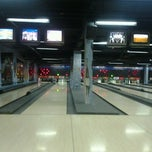 Photo taken at Amazon Bowling by João J. on 10/13/2012