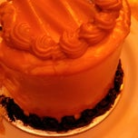 Photo taken at Myrna's Bake House - Pasonanca by Liddy Darlene T. on 3/8/2015
