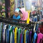 Photo taken at Pasar Malam/Tani Taman Melawati by Nik Muhammad H. on 7/4/2013
