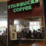 Photo taken at Starbucks by Vale on 10/8/2012