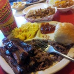 Photo taken at Dickey's BBQ by Tony S. on 11/24/2012