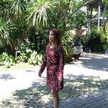 Photo taken at BaanKlangAow Beach Resort by นู๋น้อยใจดี บ. on 4/5/2015
