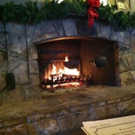 Photo taken at Cracker Barrel Old Country Store by Carol S. on 12/31/2012