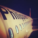 Photo taken at Philippine Airlines by Bea P. on 7/28/2013