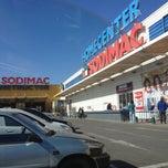 Photo taken at Homecenter Sodimac by Panxo Kraneo on 5/23/2013