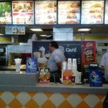 Photo taken at Burger King by Mau M. on 6/13/2014