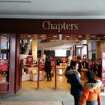Photo taken at Chapters by 뿌라연 킴. on 2/10/2013