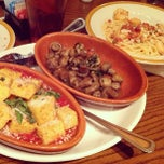 Photo taken at Bertucci's by José L. on 12/30/2012