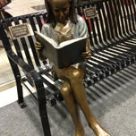 Photo taken at Tinley Park Public Library by Suli C. on 12/11/2012