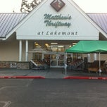 Photo taken at Matthew's Fresh Market by Hector D. on 11/12/2012