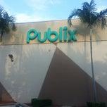 Photo taken at Publix by Yan P. on 9/19/2012