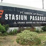 Photo taken at Stasiun Pasar Senen by Mujiastono M. on 6/7/2013